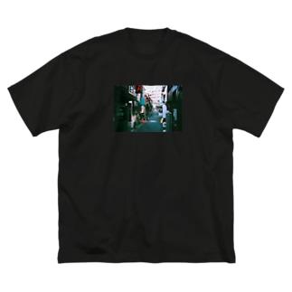 裏路地T Big silhouette T-shirts