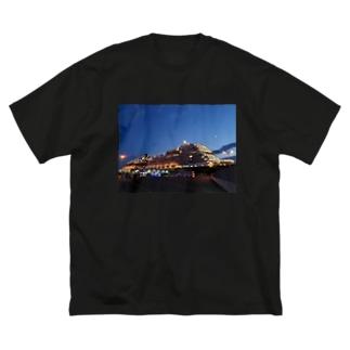 Gorgeous Ship Big silhouette T-shirts