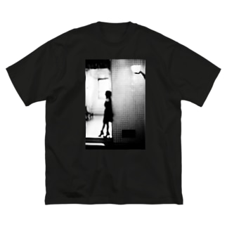 きみの帰りを待つ_01 Big silhouette T-shirts