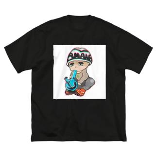 天野きゅん💖 Big silhouette T-shirts