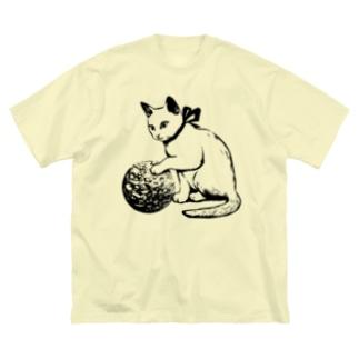 ボール遊び 黒線 Big silhouette T-shirts