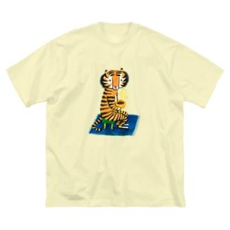 トラさんとコーヒー Big silhouette T-shirts