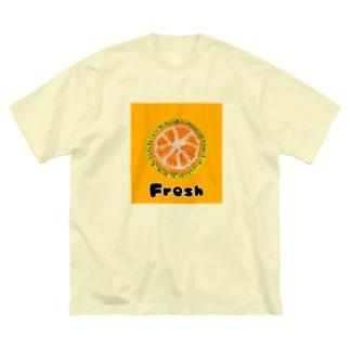 BuhiBuhiBooのフレッシュオーレンジ Big silhouette T-shirts