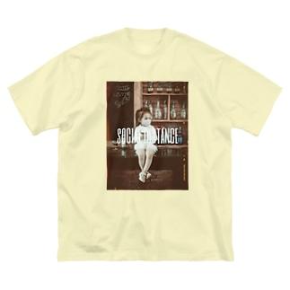 【social distance】 Big Silhouette T-Shirt