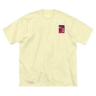 エッグ入ってへんてぇ Big silhouette T-shirts