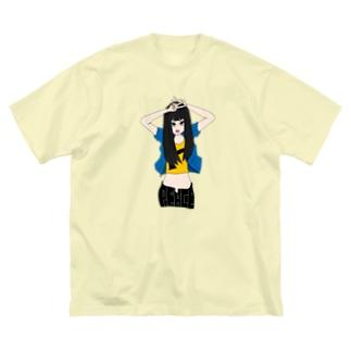 ぴーす。 Big silhouette T-shirts