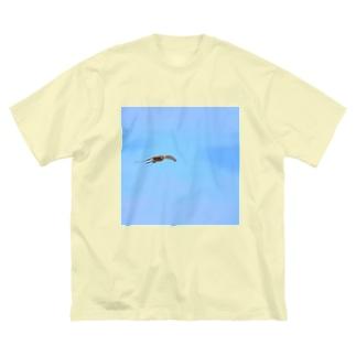 チョウゲンボウのごちそう Big silhouette T-shirts