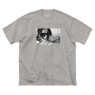 Mesmerize Big silhouette T-shirts
