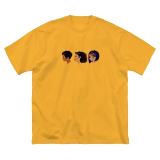 90s hairstyle-woman- Big silhouette T-shirts