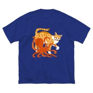 猫とタコ Big silhouette T-shirts