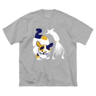 猫とイカ Big silhouette T-shirts