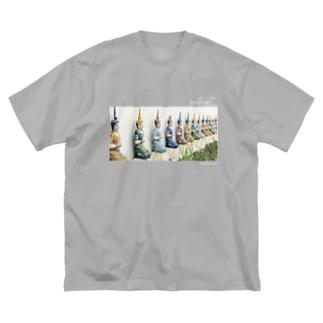 ワット・ムン・グン・コーン Big silhouette T-shirts