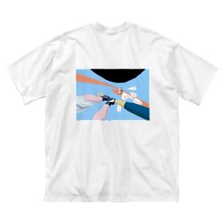 増える魔球 Big silhouette T-shirts