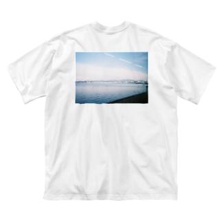 車窓 Big silhouette T-shirts