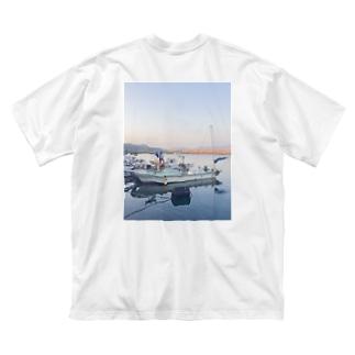 ぱんちゃりんちゃの夕凪 バックプリント Big silhouette T-shirts