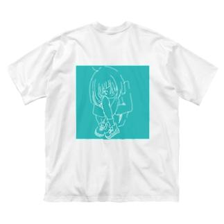 狭そうな後ろ Big silhouette T-shirts