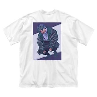 蛾我 Big silhouette T-shirts