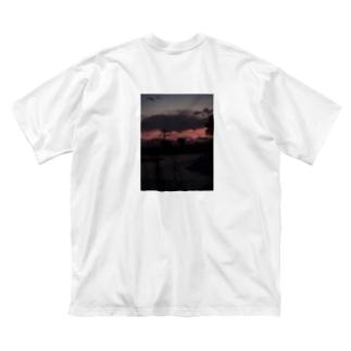 俺の写真を背負え2 Big silhouette T-shirts