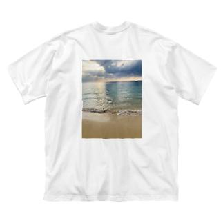 beach Big silhouette T-shirts