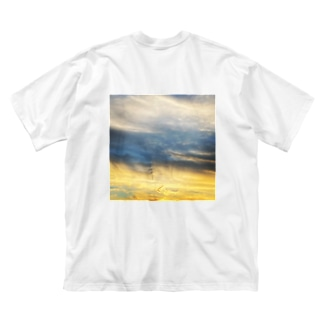 Throughout Big silhouette T-shirts