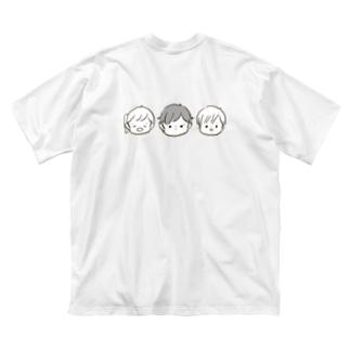 とくにち3きょうだい Big silhouette T-shirts