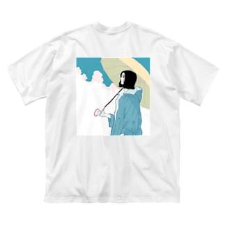傘とお姉さん Big Silhouette T-Shirt
