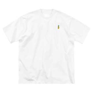 Yoshi のちびパイン Big silhouette T-shirts
