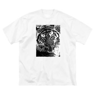 虎 Big silhouette T-shirts