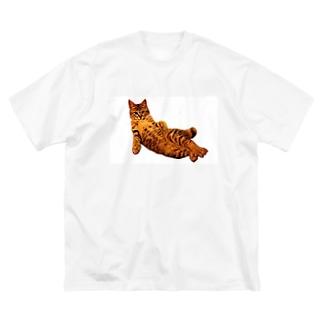 Elegant Cat Big silhouette T-shirts