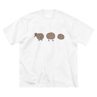 進化するキウイ Big silhouette T-shirts