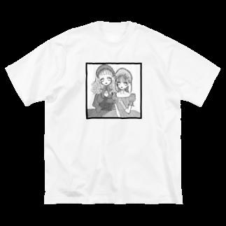 纈珠✝︎の可愛いもので出来てるの♡ロリィタちゃン Big silhouette T-shirts