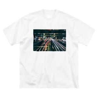 右折 Big silhouette T-shirts
