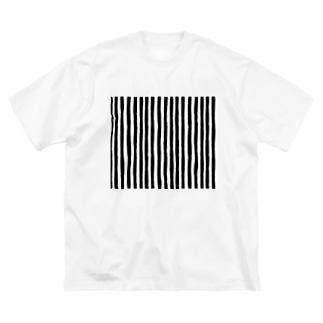 手書き白黒のしましま。 Big silhouette T-shirts