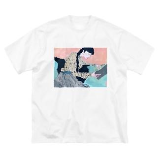 ネムイ ネムイ Big silhouette T-shirts