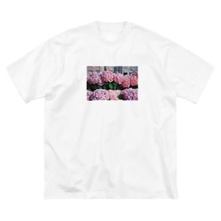 nagasaki flower Big silhouette T-shirts