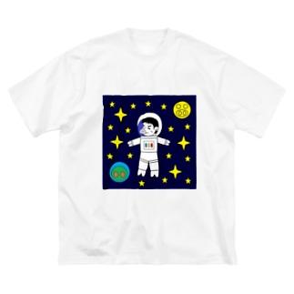 宇宙遊泳するBUTATAKA Big silhouette T-shirts