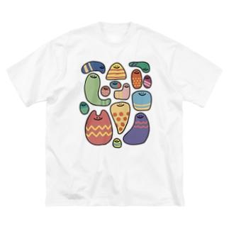 カラフルな謎の生き物 Big silhouette T-shirts
