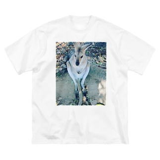 PAINTのカンガルーの赤ちゃん Big silhouette T-shirts