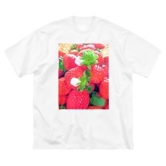 花びらいちごA Big silhouette T-shirts