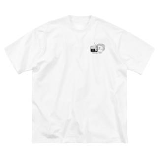 にやにやRadio胸元プリント Big silhouette T-shirts