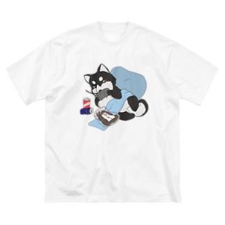 休日の柴犬 黒柴 Big silhouette T-shirts