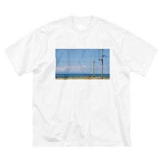 夏が近い Big silhouette T-shirts