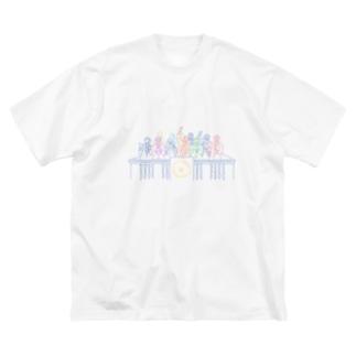 ニューヨーク証券取引所で喜ぶおじさん達 Big silhouette T-shirts