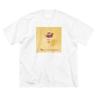 チョコバナナパフェなアイテム Big silhouette T-shirts