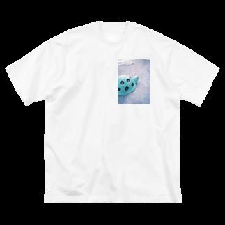 mihoartmihoの兎と亀 Big silhouette T-shirts