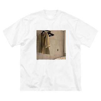 丁寧な暮らしの権化 Big silhouette T-shirts