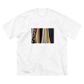 クローゼットの中 Big silhouette T-shirts