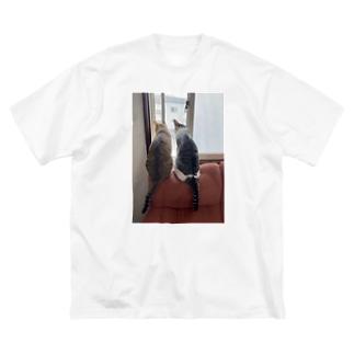 にゃん Big silhouette T-shirts