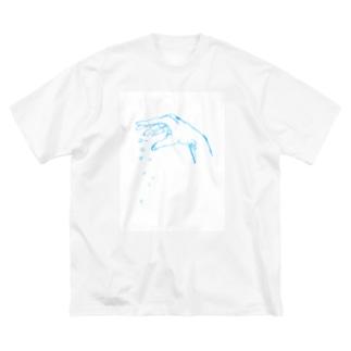 放る Big silhouette T-shirts