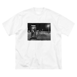 不在 Big silhouette T-shirts